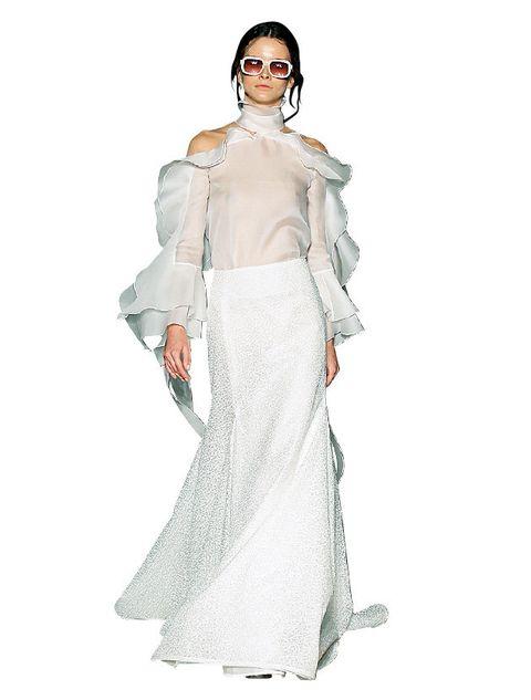 Sleeve, Shoulder, Standing, Fashion illustration, Style, Formal wear, Costume design, Fashion model, Waist, Gown,
