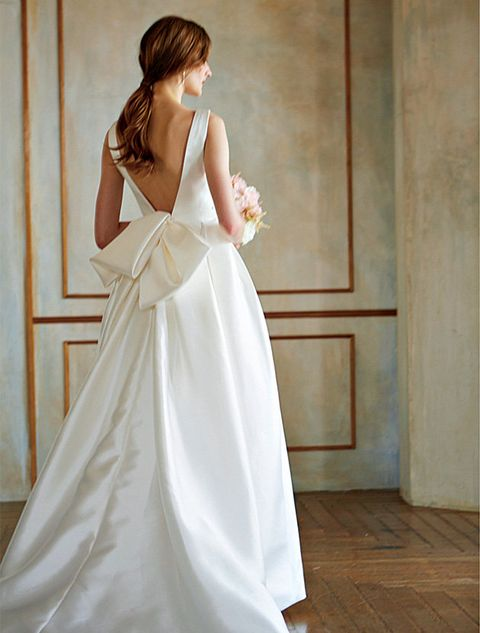 Gown, Wedding dress, Clothing, Dress, Bridal party dress, Bridal clothing, White, Shoulder, Photograph, Fashion model,