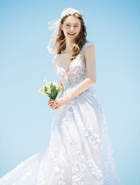 Gown, Wedding dress, Dress, Clothing, Bride, Bridal clothing, White, Photograph, Bridal party dress, Shoulder,