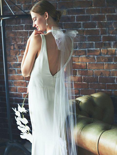 Clothing, Dress, Shoulder, Jewellery, Brick, Beauty, Gown, Wedding dress, One-piece garment, Day dress,