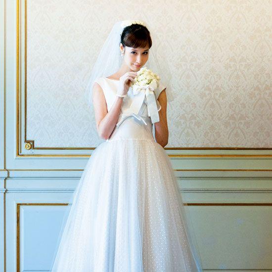 Clothing, Dress, Sleeve, Shoulder, Bridal clothing, Textile, Joint, White, Formal wear, Wedding dress,