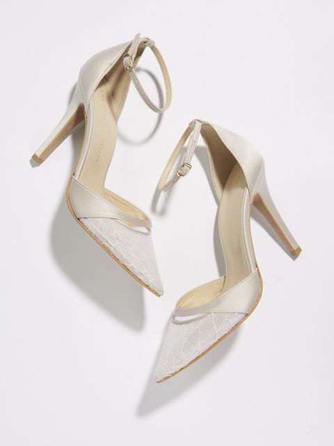 Footwear, Shoe, Court shoe, Slingback, Beige, High heels, Leg, Bridal shoe, Fashion accessory, Earrings,