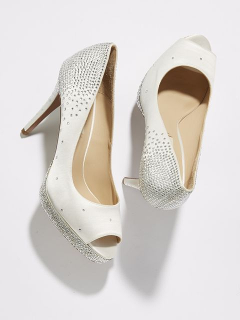 Footwear, White, Shoe, Beige, Court shoe, Slingback, High heels, Sandal, Bridal accessory, Basic pump,