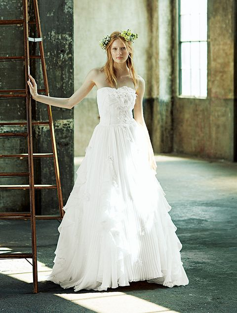 Gown, Wedding dress, Dress, Clothing, Bride, Bridal clothing, Bridal party dress, Photograph, Shoulder, Bridal accessory,