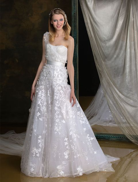 Gown, Wedding dress, Clothing, Dress, Bridal party dress, Fashion model, Bridal accessory, Bridal clothing, Shoulder, Photograph,