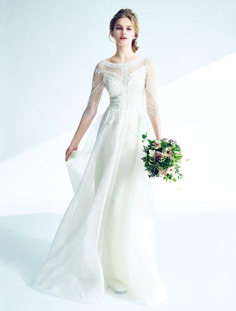Gown, Wedding dress, Clothing, Dress, Fashion model, Bridal party dress, Bridal clothing, Shoulder, Bride, White,