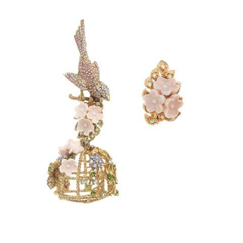 Earrings, Jewellery, Fashion accessory, Body jewelry, Diamond, Gemstone, Crystal, Ear,