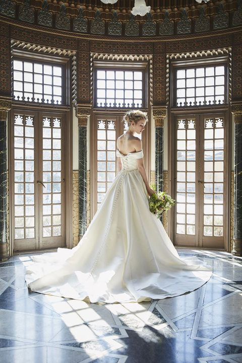 Wedding dress, Gown, Bride, Dress, Photograph, White, Clothing, Bridal clothing, Beauty, Bridal accessory,