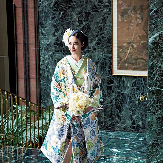 Human, Costume design, Art, Kimono, Vintage clothing, Costume, Visual arts, Painting, Paint, Portrait,