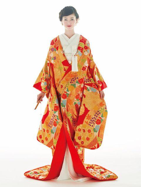 Sleeve, Textile, Style, Kimono, Costume, Costume design, Fashion design, Silk, Toy, Robe,