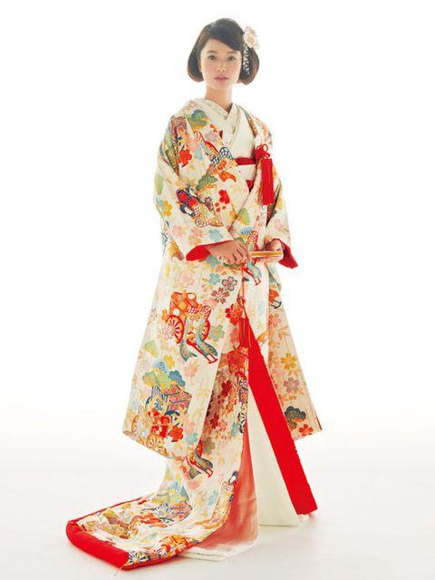 Sleeve, Textile, Headgear, Fashion, Costume, Costume design, Kimono, Fashion design, Peach, Pattern,