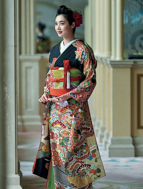 Clothing, Costume, Hairstyle, Dress, Fashion, Kimono, Textile, Formal wear, Fashion model, Street fashion,