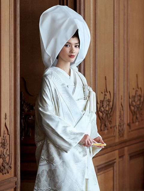 Clothing, White, Robe, Tradition, Outerwear, Textile, Headgear, Costume,