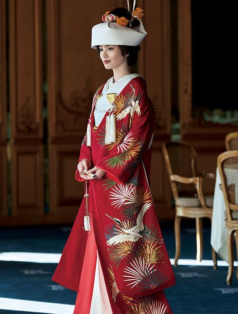 Clothing, Costume, Tradition, Kimono, Fashion, Formal wear, Outerwear, Dress, Fashion design, Sleeve,