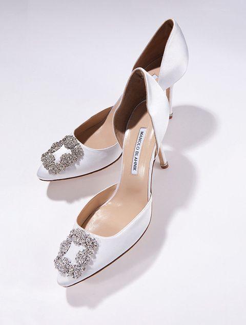 Footwear, Shoe, High heels, Mary jane, Bridal shoe, Beige, Basic pump, Sandal, Fashion accessory, Dancing shoe,