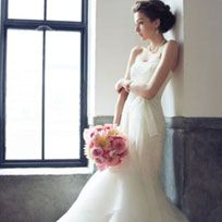 Clothing, Dress, Shoulder, Photograph, Joint, White, Petal, Formal wear, Gown, Style,