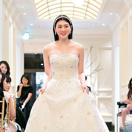 Dress, Gown, Wedding dress, Bride, Photograph, Clothing, Bridal clothing, Strapless dress, Yellow, Fashion,