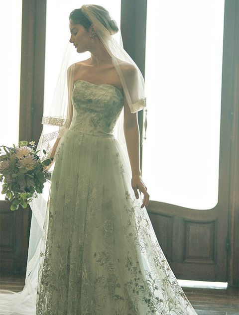 Gown, Wedding dress, Clothing, Dress, Bridal party dress, Bridal clothing, Shoulder, Photograph, Bride, Bridal accessory,