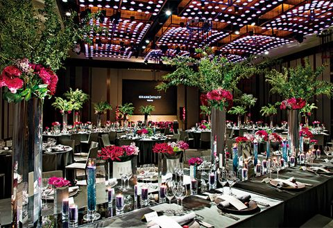 Floristry, Building, Flower, Floral design, Retail, Plant, Interior design, Flower Arranging, Architecture, Event,