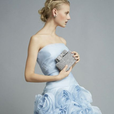 Clothing, Hairstyle, Dress, Human body, Strapless dress, Shoulder, Joint, Gown, Formal wear, Style,