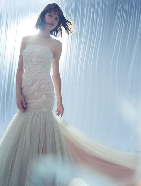 Clothing, Hairstyle, Shoulder, Textile, Photograph, Joint, Dress, White, Gown, Formal wear,