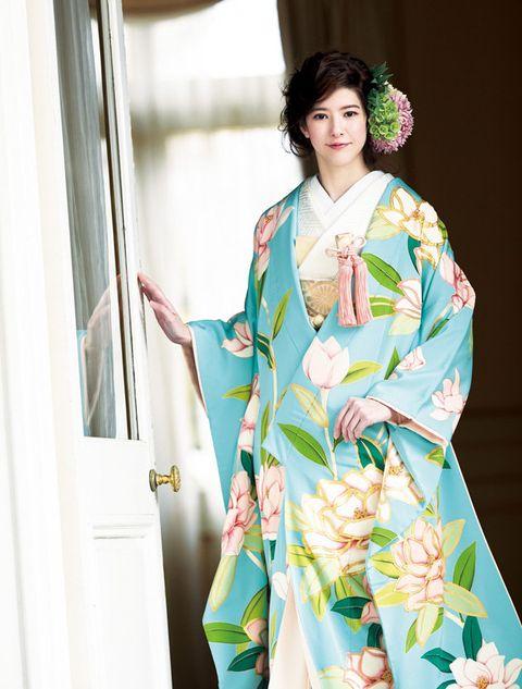 Clothing, Kimono, Costume, Outerwear, Textile, Dress, Robe, Sleeve, Fashion design, Formal wear,