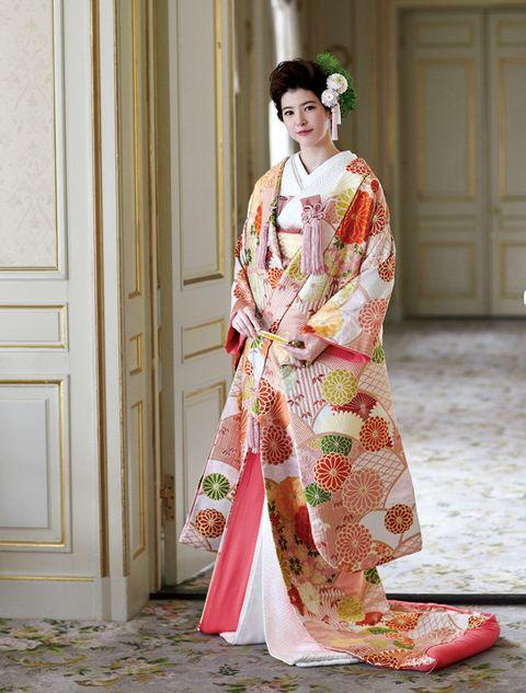 Clothing, Kimono, Costume, Hairstyle, Pink, Fashion, Tradition, Dress, Textile, Shimada,