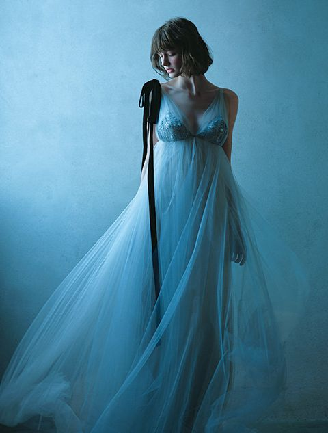 Blue, Dress, Clothing, Gown, Shoulder, Beauty, Turquoise, Aqua, Standing, Bridal accessory,