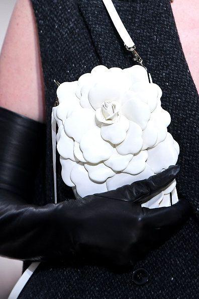 White, Black, Black-and-white, Monochrome photography, Hand, Formal wear, Arm, Flower, Dress, Glove,