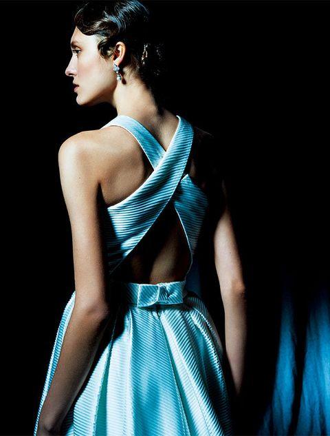 Fashion model, Blue, Shoulder, Clothing, Aqua, Turquoise, Dress, Fashion, Beauty, Neck,