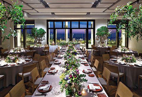 Building, Decoration, Wedding banquet, Banquet, Restaurant, Floristry, Function hall, Meal, Rehearsal dinner, Interior design,