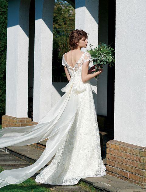 Clothing, Dress, Shoulder, Bridal clothing, Textile, Photograph, Gown, Formal wear, Wedding dress, Bride,