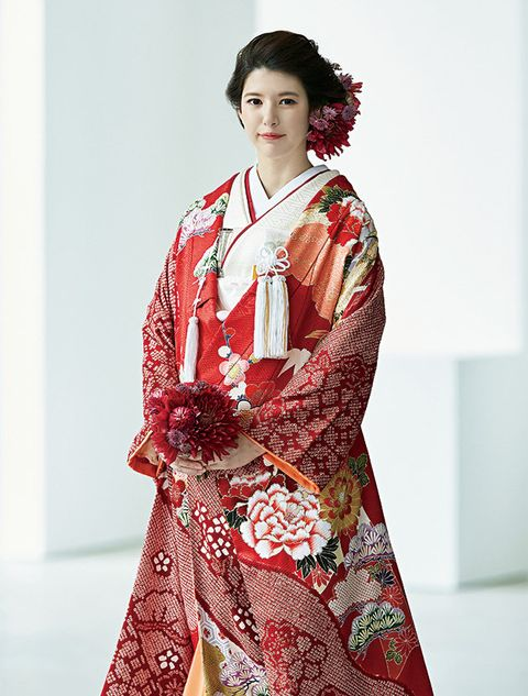 Clothing, Fashion model, Kimono, Costume, Fashion, Textile, Fashion design, Dress, Photo shoot, Formal wear,