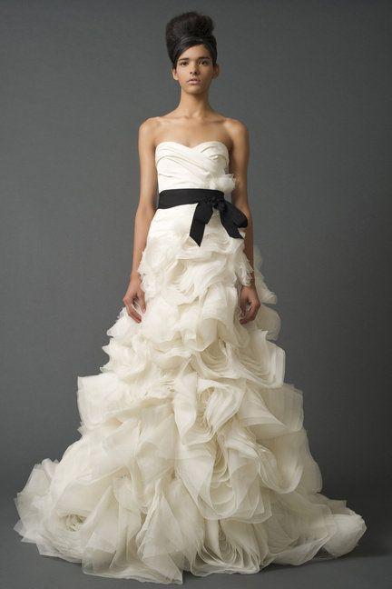 Gown, Wedding dress, Clothing, Dress, Fashion model, Bridal clothing, Bridal party dress, Strapless dress, Shoulder, Bride,