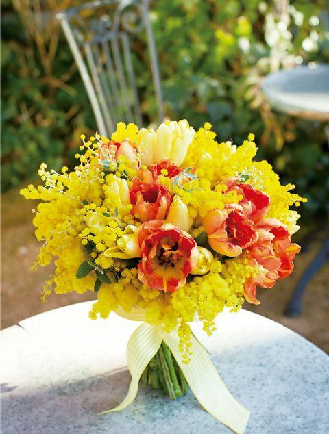 Flower, Bouquet, Cut flowers, Flower Arranging, Plant, Yellow, Floristry, Floral design, Flowering plant, Petal,