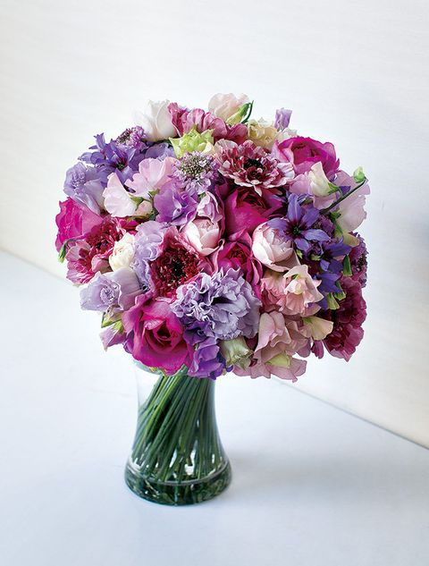 Petal, Bouquet, Flower, Purple, Cut flowers, Lavender, Floristry, Violet, Flower Arranging, Artifact,