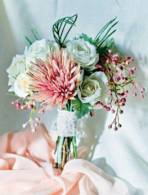 Flower, Bouquet, Cut flowers, Plant, Pink, Flower Arranging, Floristry, Flowering plant, Artificial flower, Floral design,