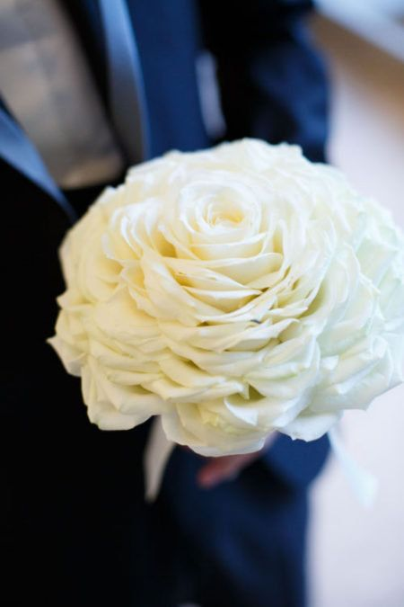 White, Flower, Bouquet, Yellow, Rose, Blue, Rose family, Cut flowers, Petal, Garden roses,
