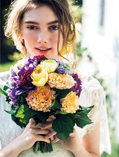 Bouquet, Hair, Flower, Yellow, Flower Arranging, Floristry, Floral design, Beauty, Purple, Plant,