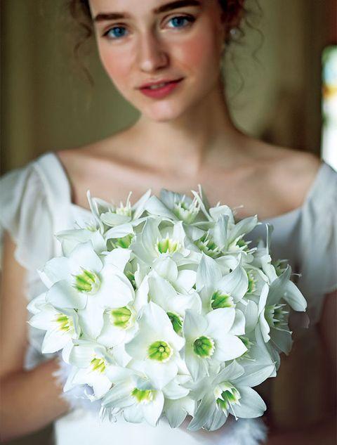 Bouquet, White, Flower, Bride, Dress, Wedding dress, Plant, Beauty, Cut flowers, Petal,