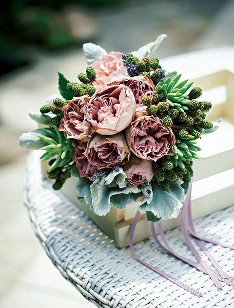 Petal, Flower, Bouquet, Cut flowers, Pink, Flowering plant, Flower Arranging, Purple, Floristry, Floral design,