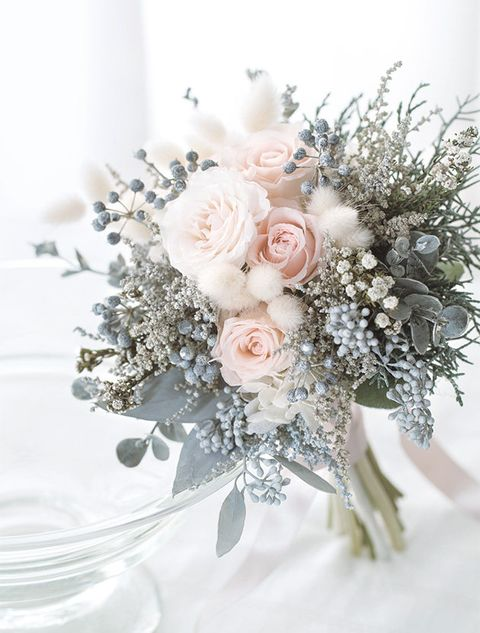Flower, Bouquet, White, Cut flowers, Flower Arranging, Floristry, Rose, Plant, Floral design, Rose family,
