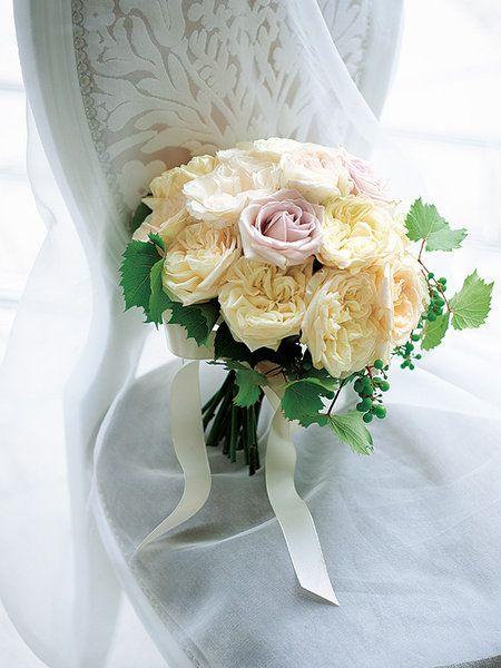 Petal, Yellow, Bouquet, Flower, Cut flowers, Flowering plant, Rose family, Flower Arranging, Floristry, Peach,