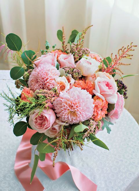 Flower, Bouquet, Flower Arranging, Floristry, Pink, Cut flowers, Floral design, Plant, Protea, Flowering plant,