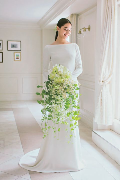 Dress, Gown, White, Clothing, Wedding dress, Photograph, Shoulder, Bride, Bridal clothing, Bouquet,