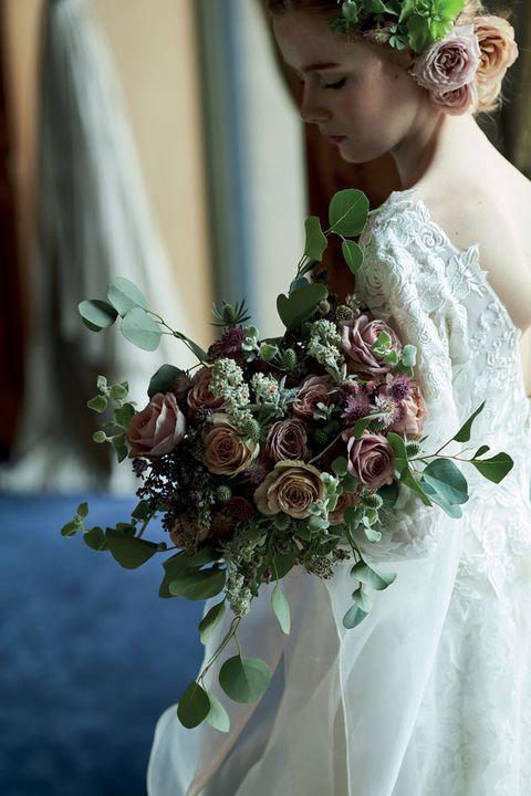 Bouquet, Flower, Flower Arranging, Bride, Dress, Floristry, Wedding dress, Floral design, Gown, Cut flowers,