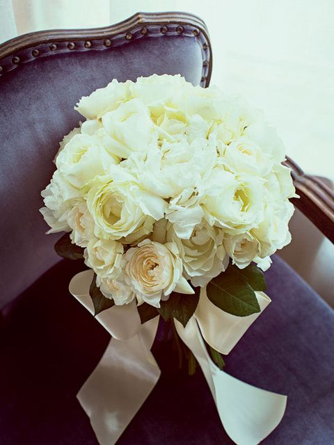 Flower, Bouquet, White, Cut flowers, Rose, Yellow, Garden roses, Rose family, Plant, Floristry,