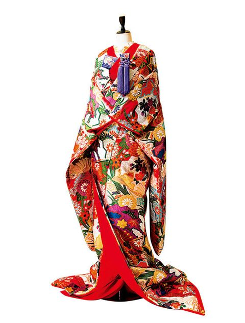 Clothing, Costume, Kimono, Footwear, Dress, Textile, Sleeve,