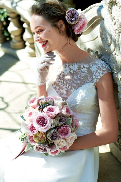 Bride, Bouquet, Flower Arranging, Wedding dress, Flower, Floristry, Dress, Headpiece, Floral design, Pink,