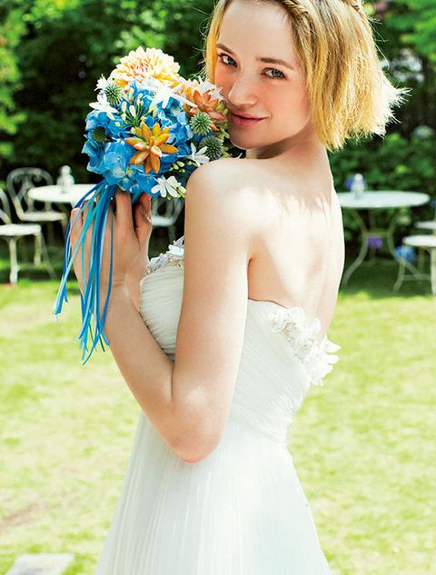 Hair, Bride, Dress, Gown, Wedding dress, Photograph, Clothing, Shoulder, White, Blue,